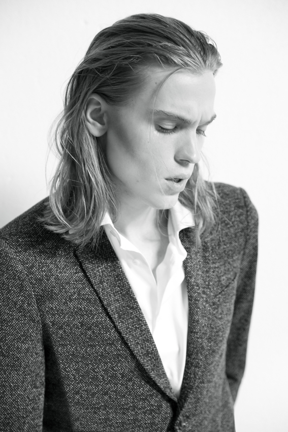 Daniel Gossmann Emil Andersson Elite Models Milano Marco Malingambi Jasmine Andreoli Styling Chiara Marinosci Grooming Studio White